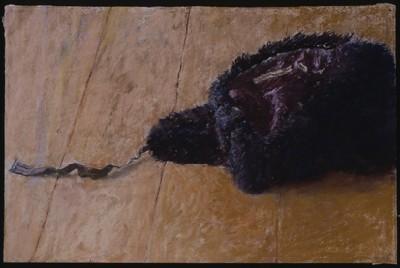 Fur-hat, 2002, pastel on Ruscombe laid paper, 34 x 61 cm.